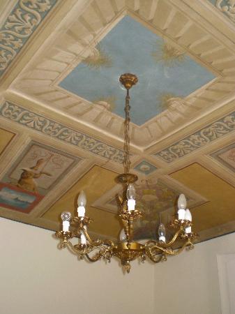 La Casa di Antonella: the ceiling