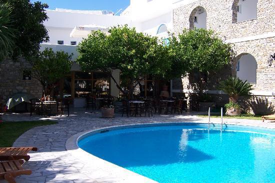 Hotel Galinos: the pool