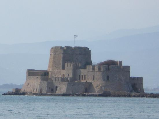 Nafplio, Grécia: Fortress in the middle of the sea