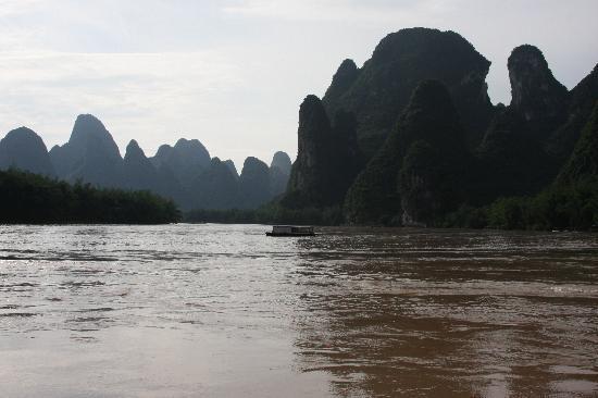 Rosewood Inn: River Li