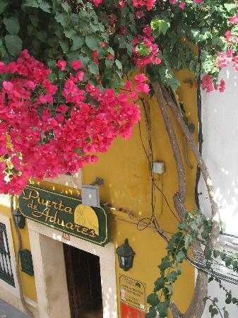 Hotel-Apartamentos Puerta de Aduares: Hotel entrance