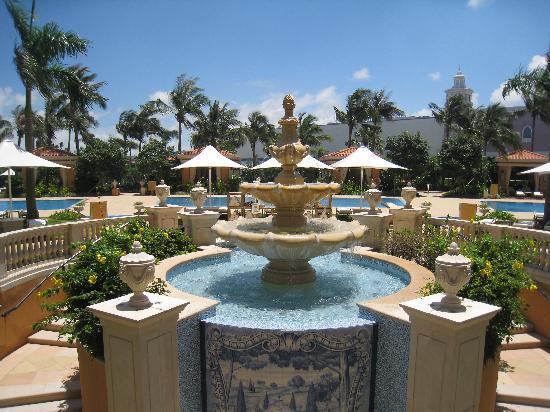 Four Seasons Hotel Macau, Cotai Strip: プールエリア
