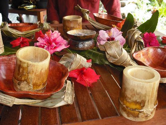 Rarotonga, Cook Islands: Umu lunch setting