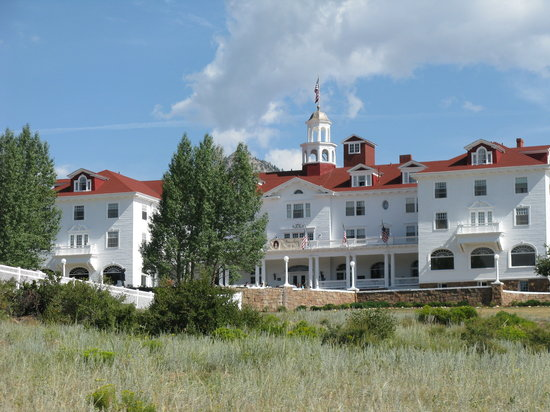 Timber Creek Chalets : The Stanley Hotel