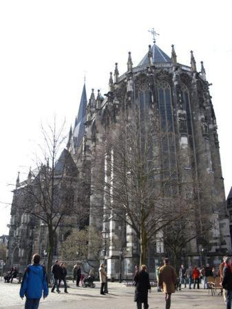 Aachen Cathedral (Dom): The Cathedral