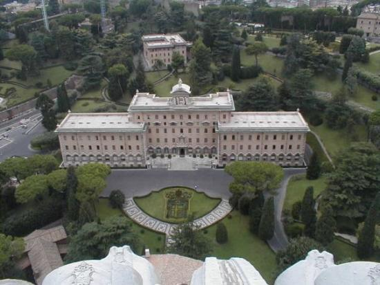 Roman Curia: The Pope's House - Vatican City