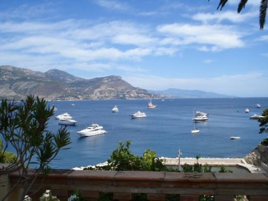 Hotel Brise Marine: harbor Cap Ferrat from