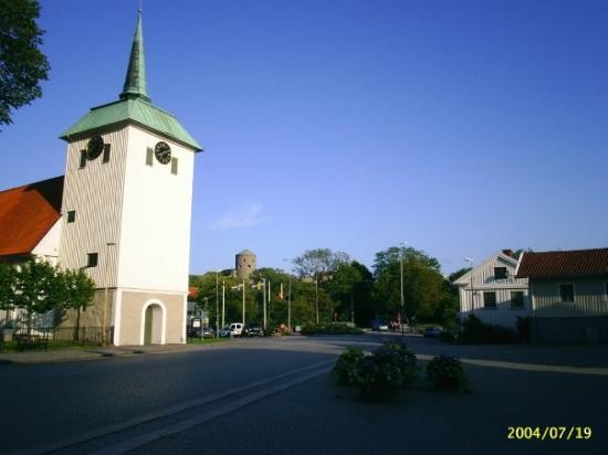 คุนกาล์ฟ, สวีเดน: Gamla Torget med kyrkan.