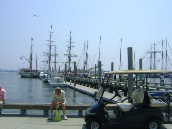 Charleston Waterfront Park: Tall ships from the world