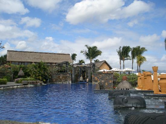 The Oberoi, Mauritius: The main pool
