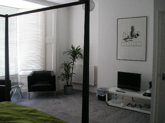 Grey's Hotel: Superb room