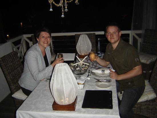 Camps Bay Ridge Guest House: 30th Birthday - Celebration Table at Tides Restaurant