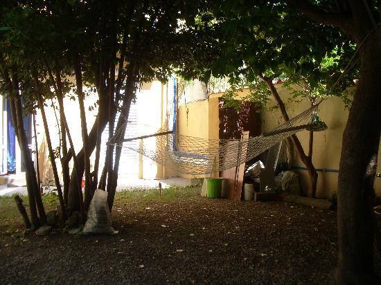 Orti di Cimabue: hamaca en el patio
