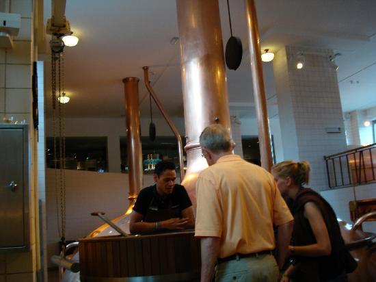 Heineken Experience: Brewing demonstration