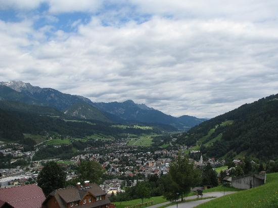 Haus Lanka: The beautiful village of Schladming, as seen from the Planai mountain