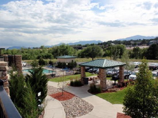 Staybridge Suites Colorado Springs: Pool Area