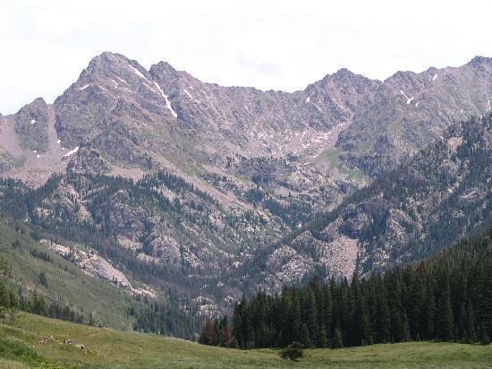 Piney River Ranch: Mt. Powel
