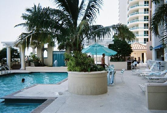 Marriott's BeachPlace Towers: Pool Area