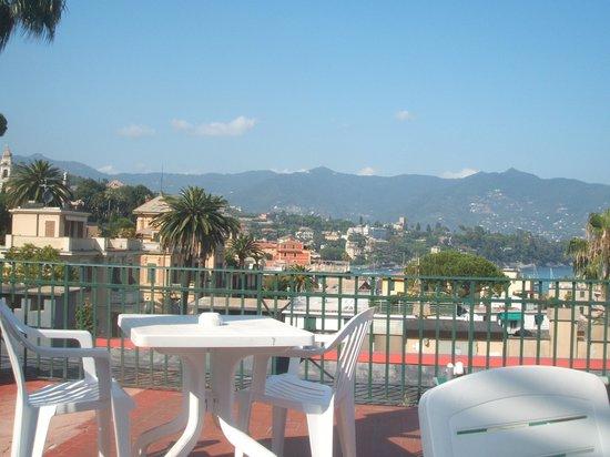 Hotel Minerva : The view from the fourth floor veranda