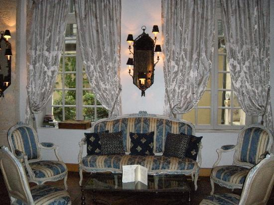 Hotel d'Aubusson: sitting area