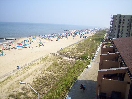 Henlopen Hotel: nice beach