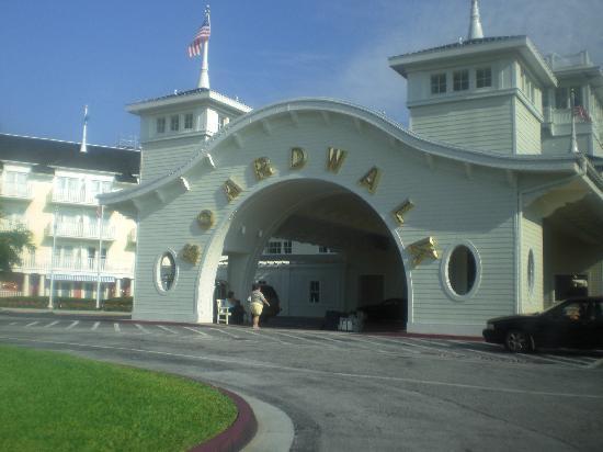Disney's BoardWalk Inn: Main Entrance