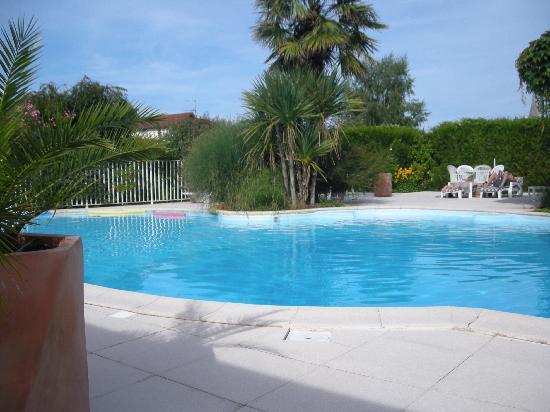 Atlantis Hotel Mimizan : piscine