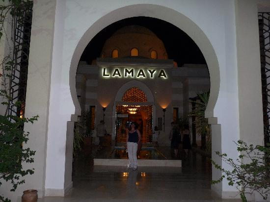 Jaz Lamaya Resort: resort entrance