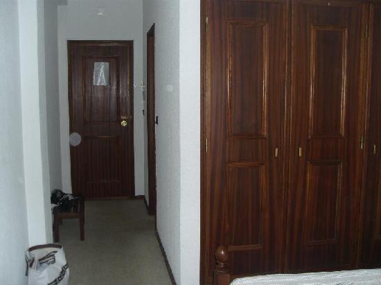 Residencial A Canhota: habitación