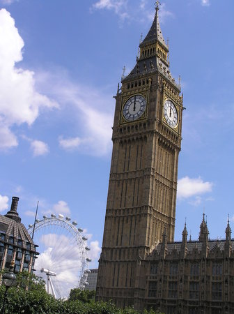 Londra, UK: Big Ben y London Eye