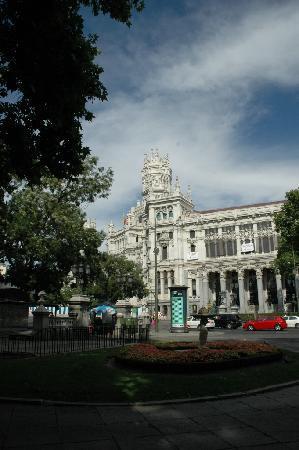 Paseo del Prado close to Banco de Espana
