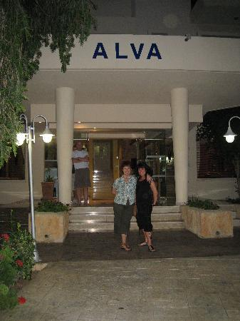 The Bay - Picture of Alva Hotel Apartments, Protaras ...