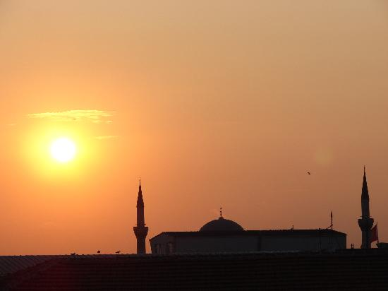 Hali Hotel: Sunset from the roof