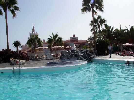 Hotel Riu Arecas : Una de las piscinas (agua dulce)