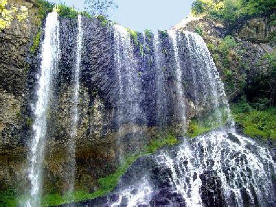 Family Hotel: cascade de  beaune