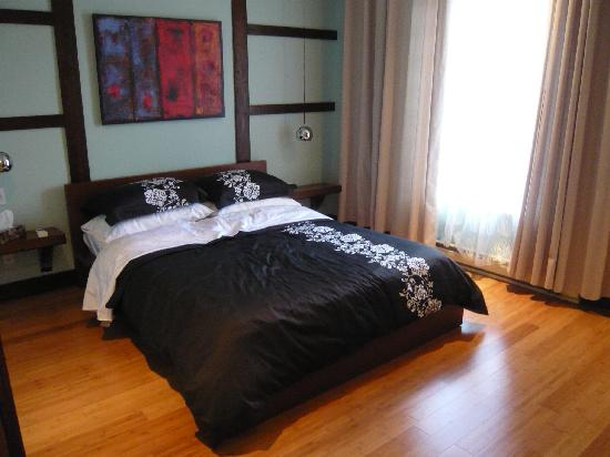 Loft Jacques-Cartier : the bedroom