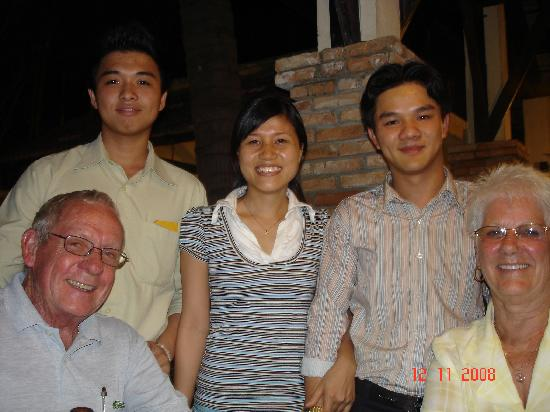 Khanh Kat : Some of the staff- Lovely People