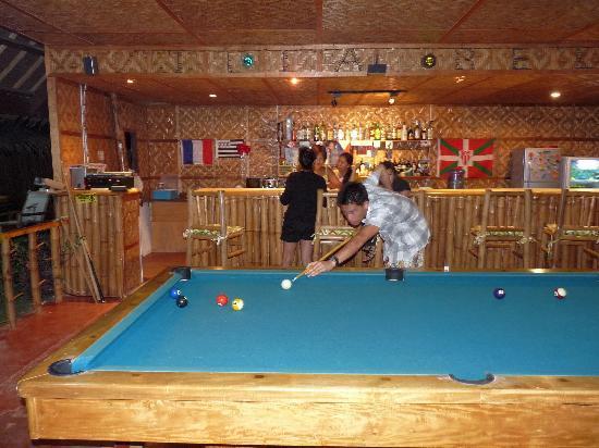 Villa Belza: Le bar