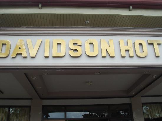 Davidson Hotel & Rest: ホテル正面玄関