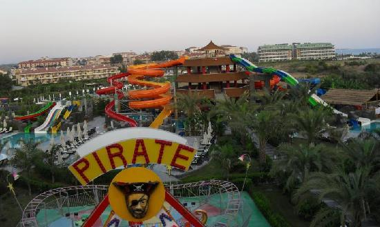 Royal Dragon Hotel: Fun Fair & Water Park