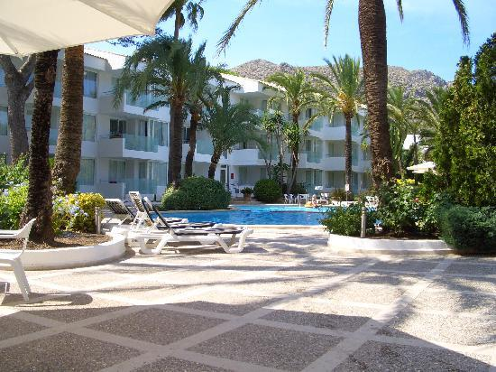 Hotel Illa d'Or: Apartments from Pool