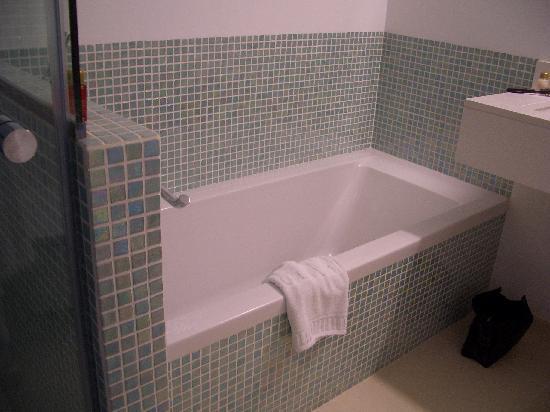 Hotel Illa d'Or: Bathroom