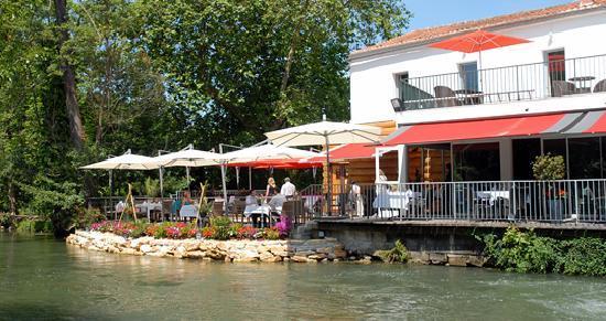 Gond-Pontouvre, Франция: joli mais trompeur