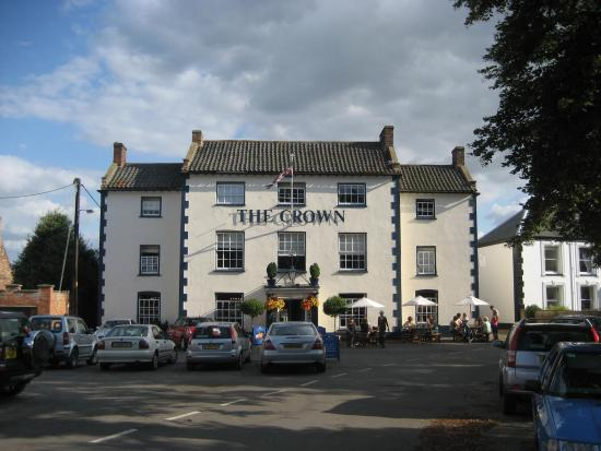 ‪The Crown Hotel‬