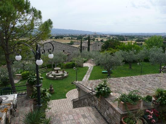 Country House Hotel Tre Esse: Layout & views