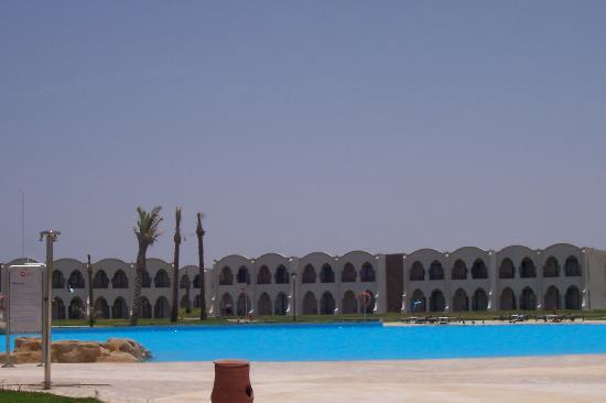 Gorgonia Beach Resort: piscina