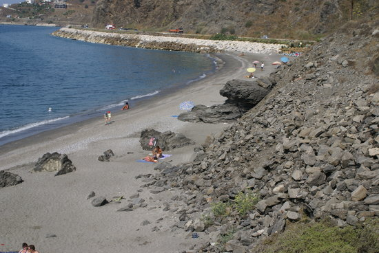 Nerja, Spanje: Playa Vilches - The new marina area, Nerjs/Torrox border