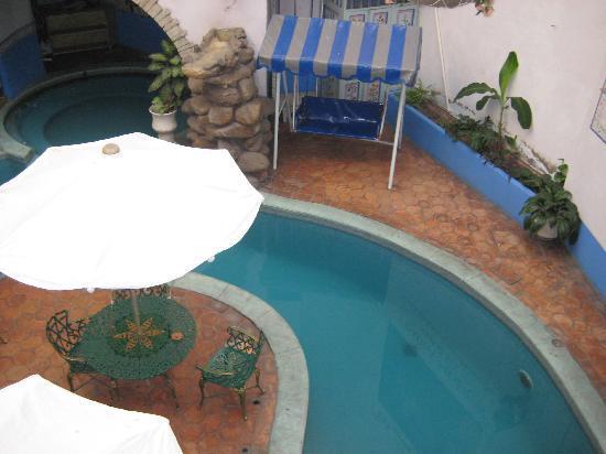 Meson de la Fragua: Pool