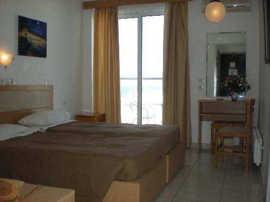 Hotel Parthenon City : habitacion