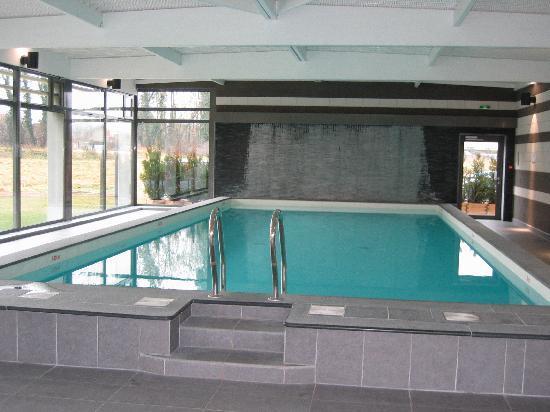 Hôtel Château Tilques : la piscine